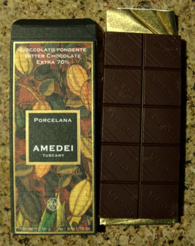 Amedei Porcelana bar out of package